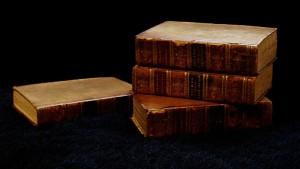 800px-Oldbooks-02